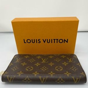 Louis Vuitton Monogram Organizer Wallet